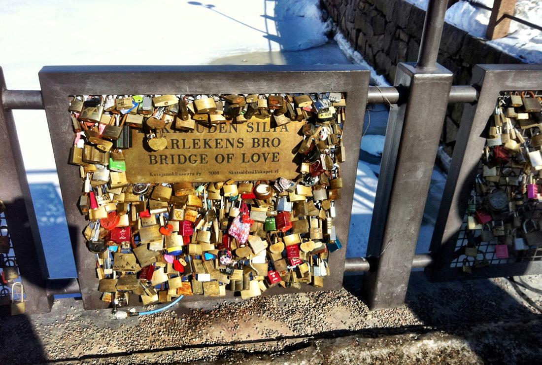 Bridge of Love, Helsinki