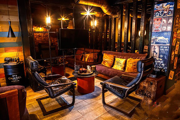 Chilling Moscow, hookah lounge in Moscow
