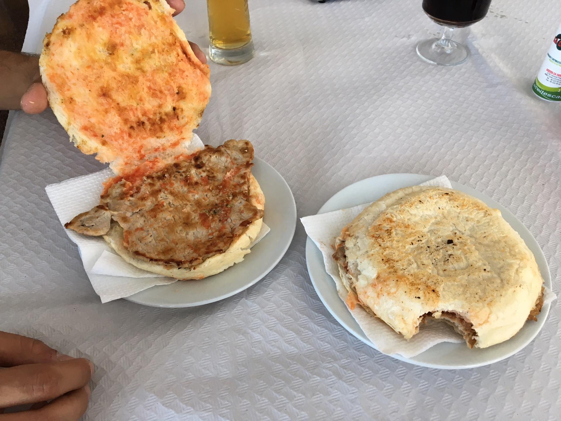 Bocadillo con carne in Alberic, Valencia