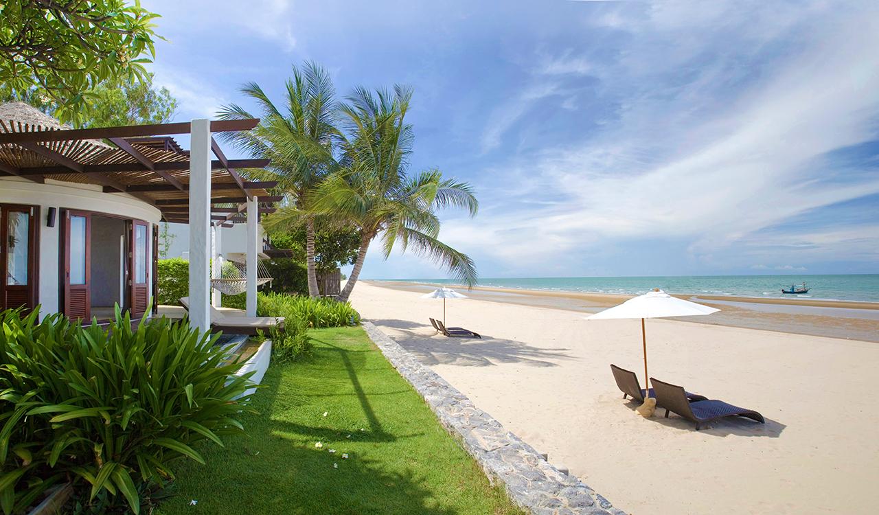 the best beaches in Thailand - Hua Hin Beach